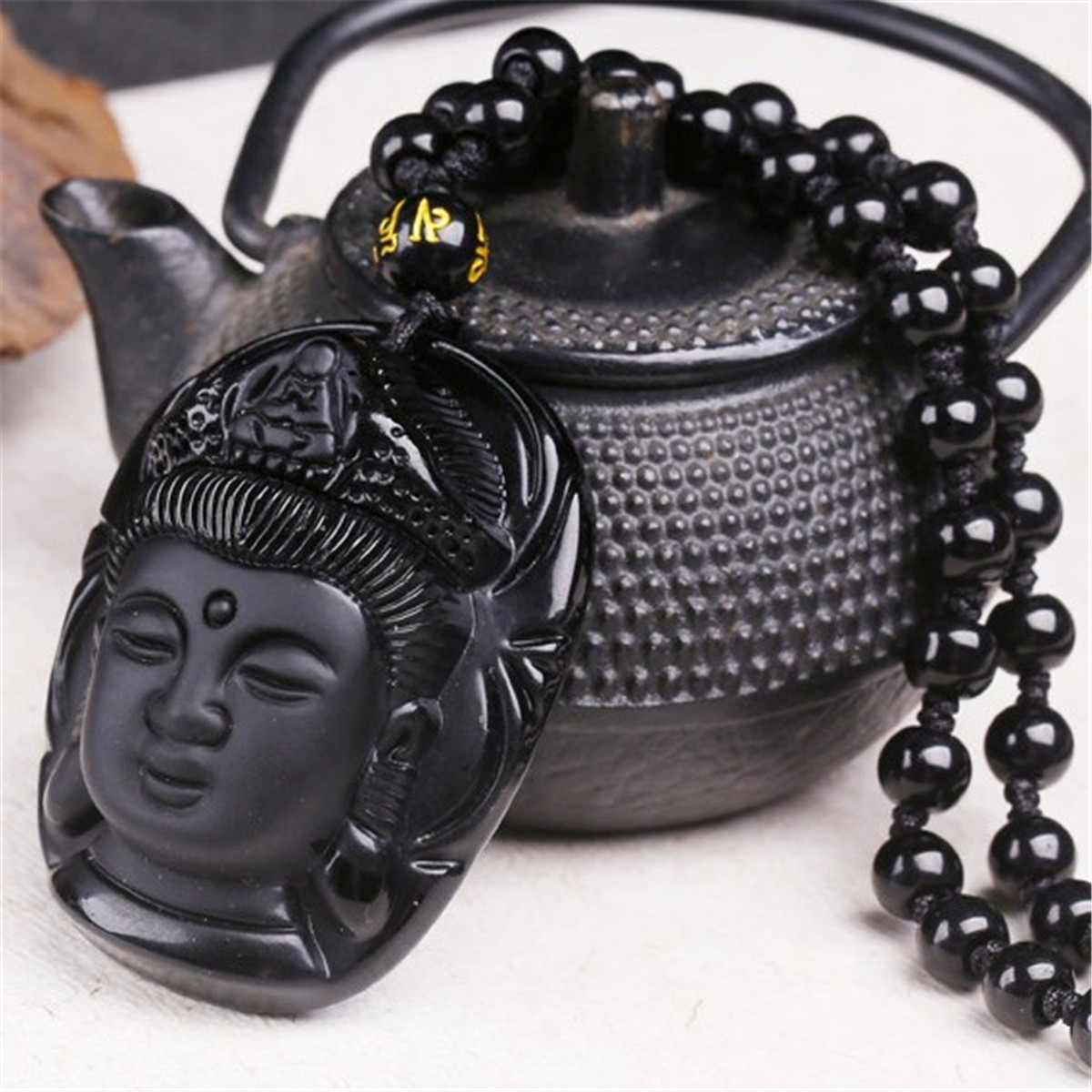 Natural Black Obsidian Pendant Hand Carved Chinese Buddha Lucky Amulet Guanyin Head Pendant Fashion Jewelry
